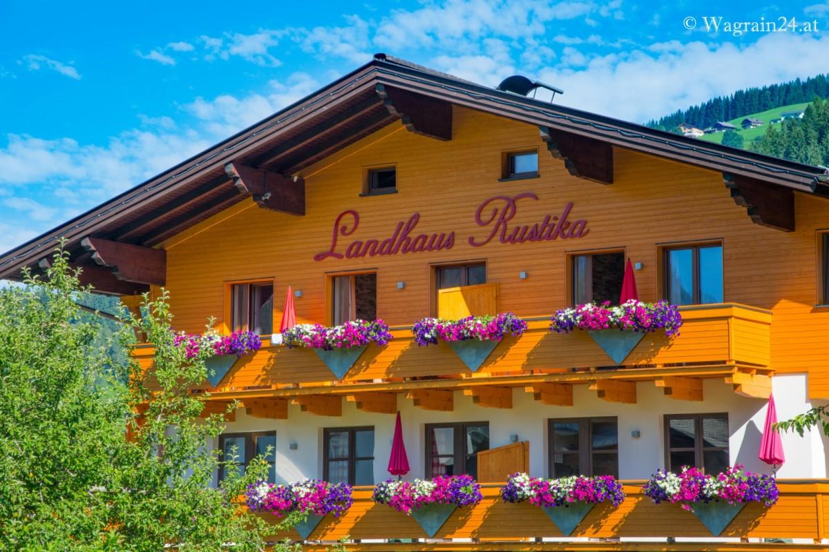 Hotels Und Pensionen Flachau